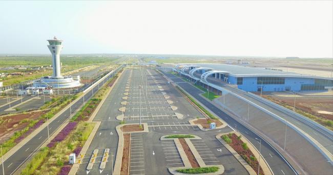 UDH Bakanı Arslan, Blaise Diagne Uluslararası Havalimanı'nı hizmete açtı