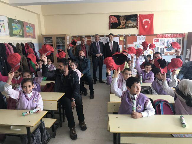 TAİ, ANKA'nın görev yeri Elazığ'da eğitime destek verdi