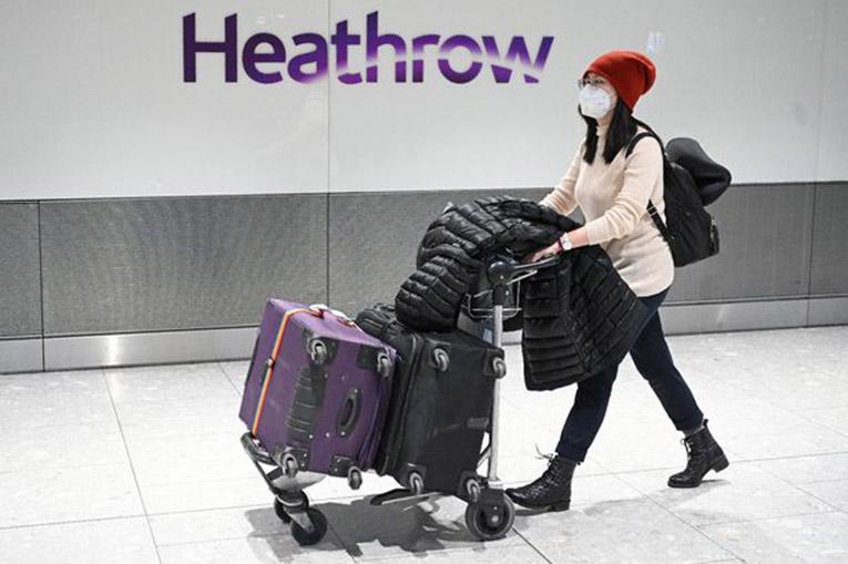 Londra'ya gelen her yolcu 14 gün karantinaya alınacak