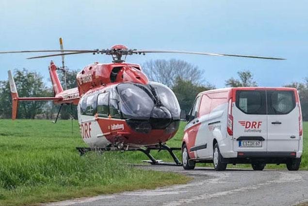 Almanya'da sağlık helikopteri acil indi